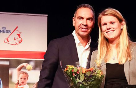 Dinet Oosting grote winnares tijdens Stars Awards