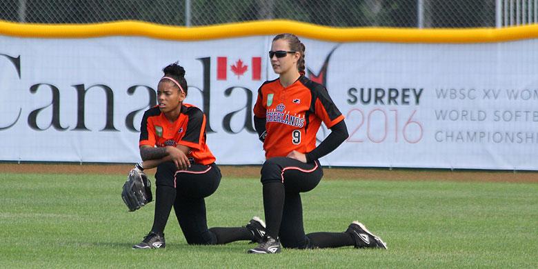 Damishah Charles en Jessie van Aalst tijdens het WK van vorig jaar in Serrey (Canada).