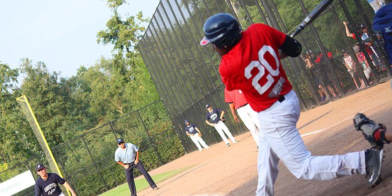 Randy Reiph (Hoofddorp Pioniers) sloeg op de tweede dag één van de homeruns voor zijn ploeg.