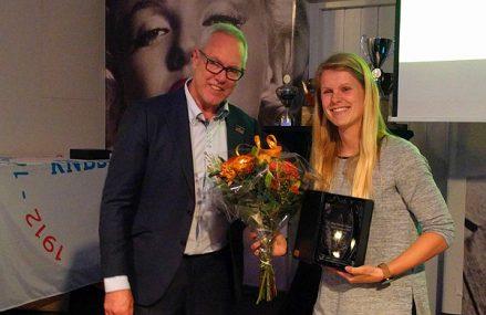 Star Awards: Dinet Oosting opnieuw MVP