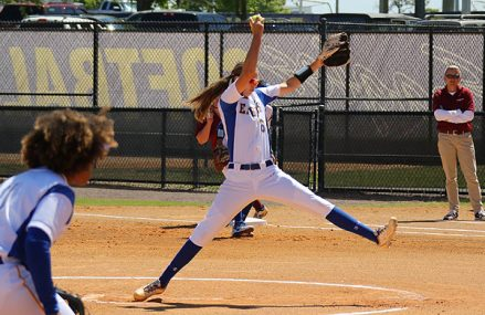 Ilona Andringa gooit perfect game in Florida