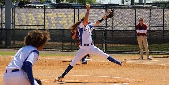 Ilona Andringa gooit perfect game in Florida