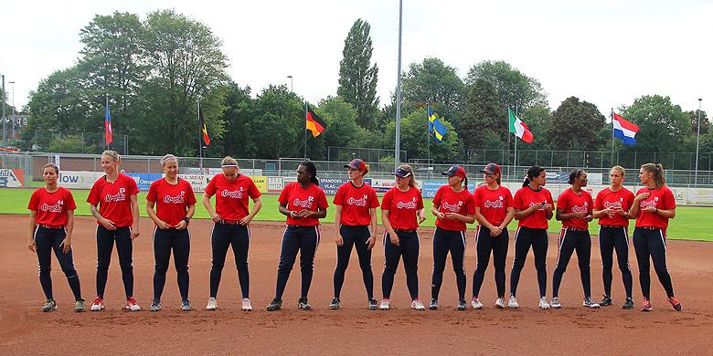 Sparks Haarlem is één van de deelnemers tijdens de Cup Winners Cup in Capelle aan den IJssel.