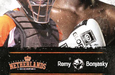 Softbalsters krijgen kickboksclinic van Remy Bonjasky