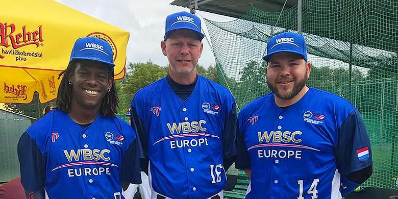 Van links naar rechts: Emeron Lourens, Ben te Pas en Eldrick Dijkhoff.