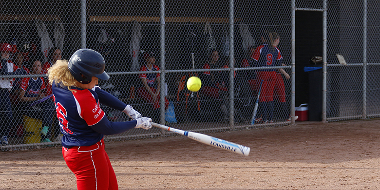 Kimberly Jones sloeg voor Sparks Haarlem twee hits en scoorde drie runs.