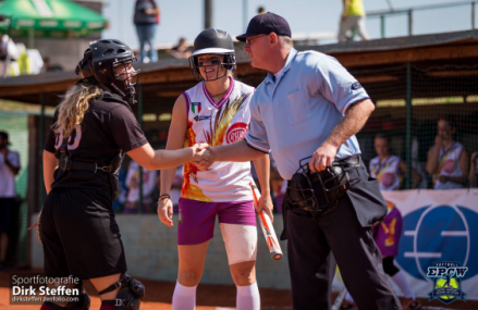 Vier softbalofficials aan het woord: 'Leer van elkaar en geniet van het moment'