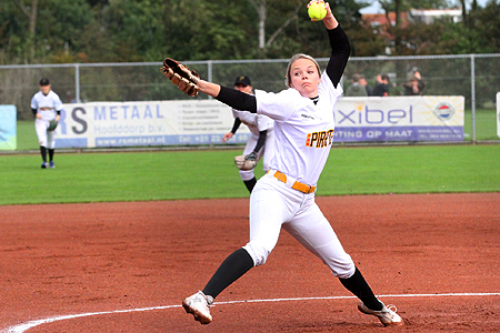 Winnend pitcher Rachel Henks.