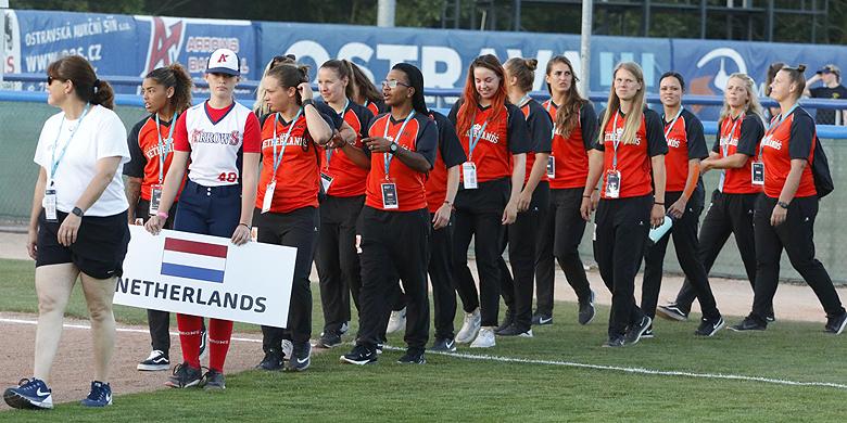 Nederland tijdens de openingsceremonie van het EK van vorig jaar.