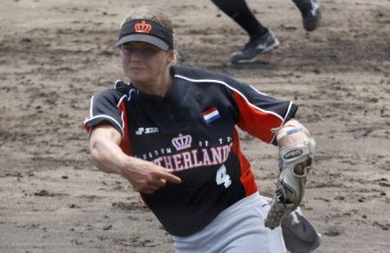 Lisa Hop slaat walk-off grand slam homerun!